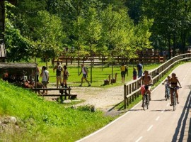 Itinéraires à pied et en vélo