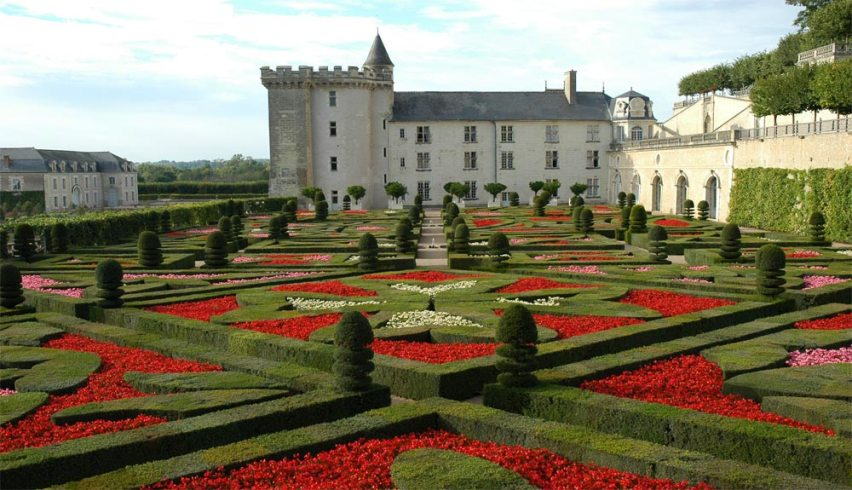 Les jardins à la Francaise et le Château de Villandry-credits-isaberrytourisme