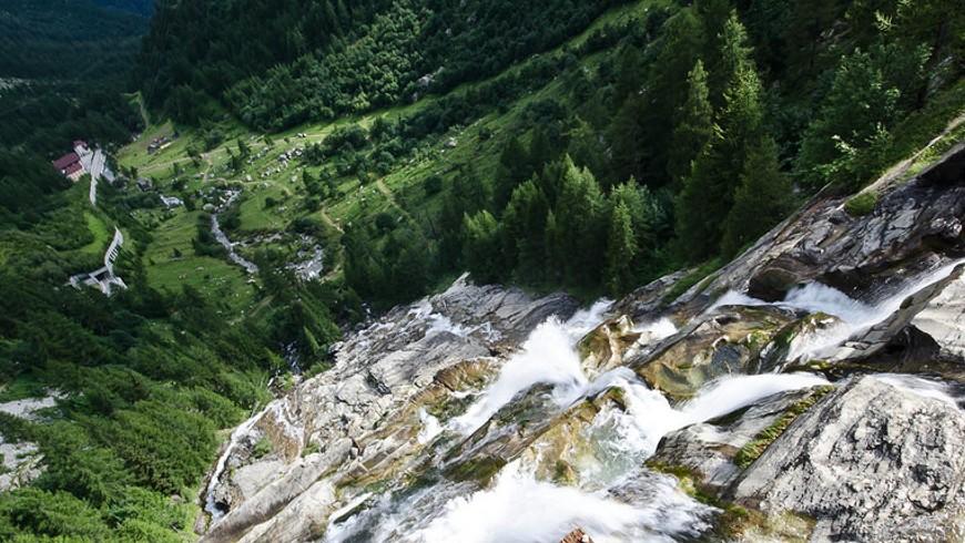 Cascades du Toce vues du pont, photo de iMaic87, via flickr