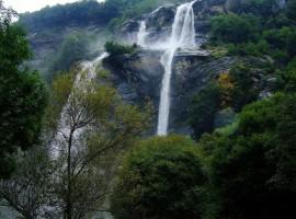 Cascate-dellacqua-fraggia-roachy_737-270x200