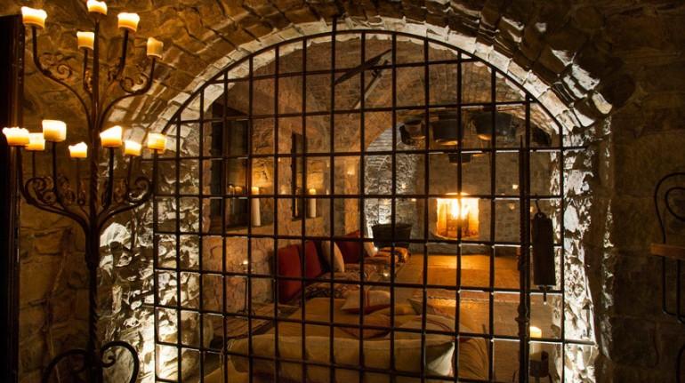 Ici vous dormez dans les anciennes cellules du monastère - Italie