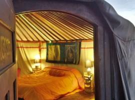 Ici vous dormez dans une Yurta - Italie