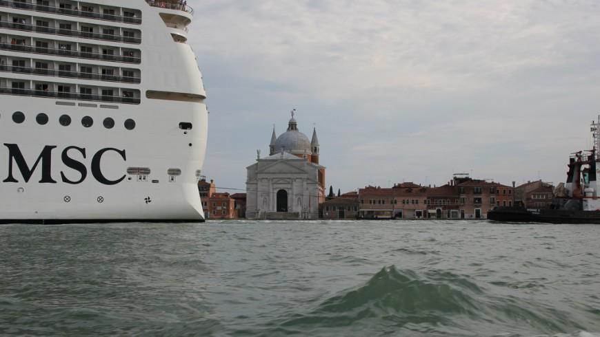 Bateau de MSC dans le Canale della Giudecca